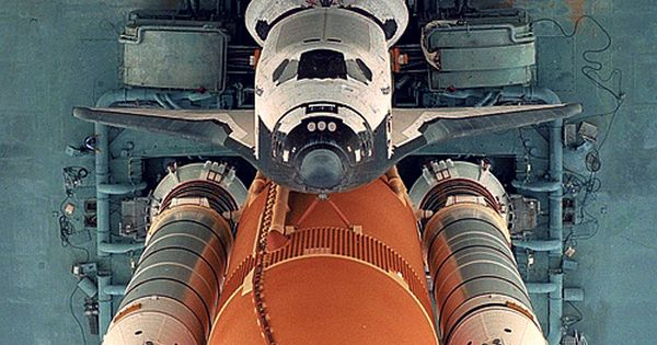 Space Shuttle Atlantis - ready to launch - photo from thezooom
