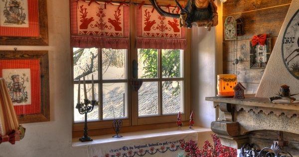 Squarciomomo la casa delle favole di montagna rustic for Piccole idee di baite