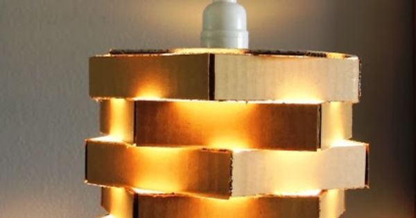 diy une suspension en carton recycl reclyclasse pinterest bricolage et lampes. Black Bedroom Furniture Sets. Home Design Ideas