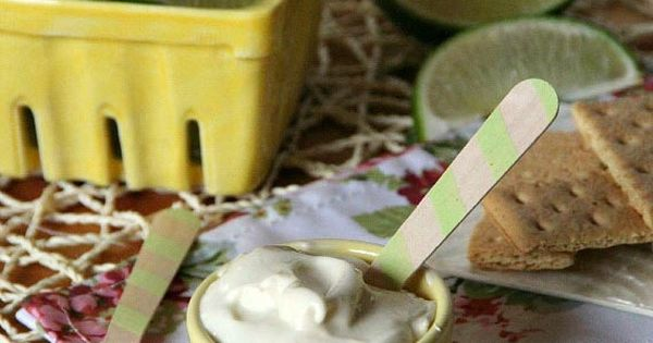 Key Lime Pie Dip from Cookies & Cups - tropical tangy lime