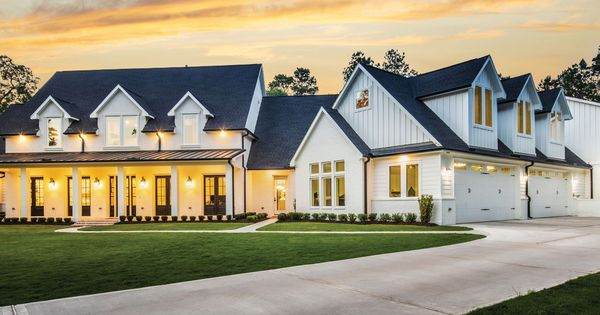 Brazos River Valley Model Home Park Texas Casual Cottages In 2020 Luxury Homes Dream Houses Custom Home Builders Country House Design