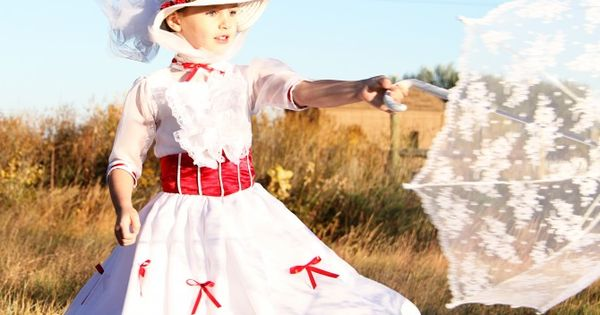 Mary Poppins Costume via @MakeItAndLoveIt DIY Kids Halloween Costumes - I would