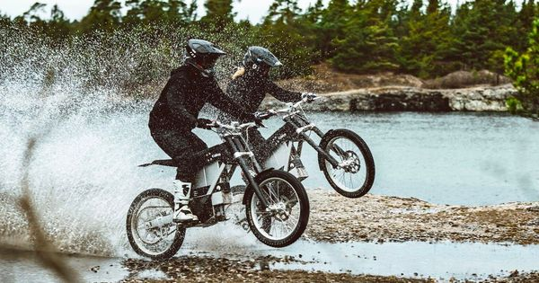 Cake Unveils Lower Priced 50 Mph Electric Motorcycle The Kalk Ink Https T Co Uwoxzszxdl By Micahtoll Bjmt In 2020 Electric Motorcycle Motorcycle Electric Dirt Bike
