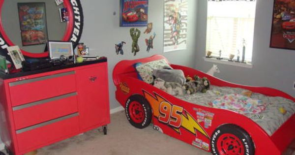 Best Lightning Mcqueen Race Car Bed And A Toolbox Dresser W 640 x 480