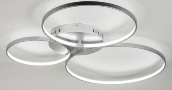 Plafondlamp Met 3 Ringen Van Verschillende Diameter Voorzien Van Led De Ringen Zitten Op Verschillende Hoogtes Aan De Plafondlamp Verlichting Huisverlichting
