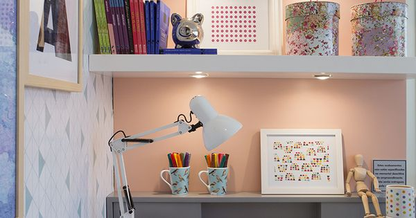 Pequenas Escrivaninhas, Escritórios E