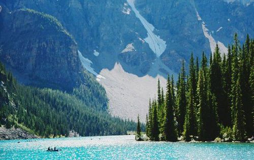 Lake Louise, Canada - Moraine Lake- Alberta