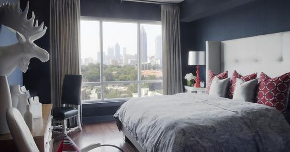 Bachelor pad ideas on a budget budget decorating framed for Bachelor bedroom ideas on a budget