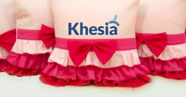 Gambar Sofa Ruang Tamu Hello Kitty  7 model sarung bantal ruang tamu yang jadi best seller saat