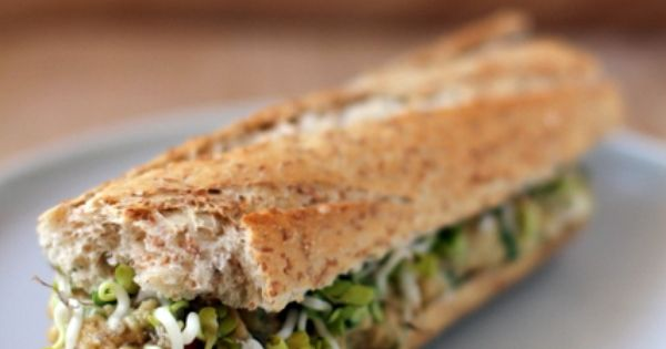 Food : Ten Super Sandwich Ideas Roasted Tofu Sandwich with Peanut Sauce