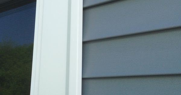 Mastic Carvedwood Vinyl Siding In English Wedgewood With