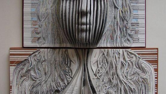 Emma LLOYD : Emergence, 2010 BookArt
