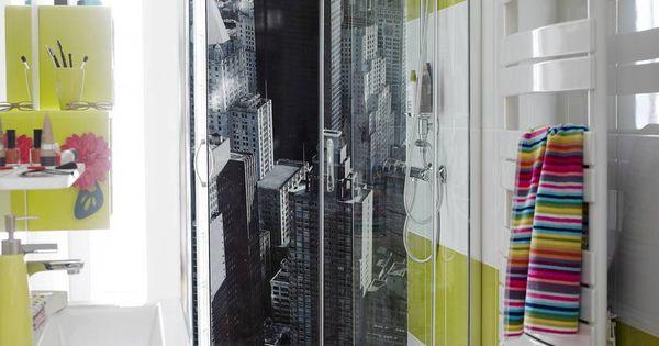 Une douche new yorkaise gr ce au panneau mural home cap for Panneau mural salle de bain leroy merlin