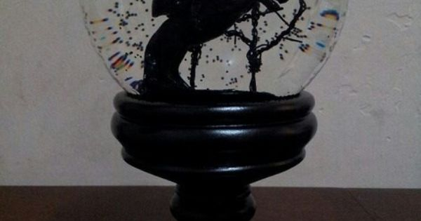 Love this home decor knick knacks pinterest headless horseman globe and snow Home decor knick knacks
