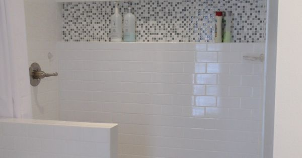 douche l 39 italienne avec mosa que dans une niche pratique pour poser les produits demi. Black Bedroom Furniture Sets. Home Design Ideas