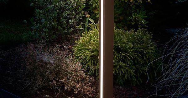 Paletto luminoso da giardino illuminato da power led di - Vialetto giardino illuminato ...