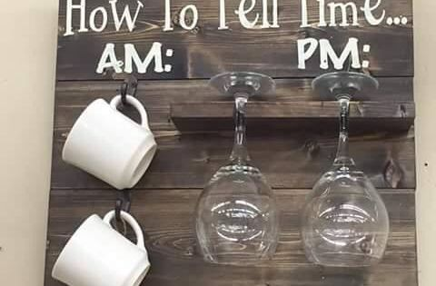 pallet coffee cup and wine holder how to tell time am pm. Black Bedroom Furniture Sets. Home Design Ideas