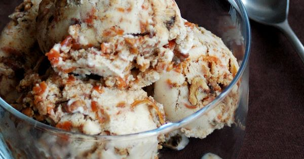 carrot cake ice cream (need to buy an eBook for the recipe),