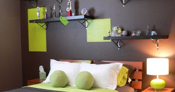 cool teen boy room (love the decorating idea but not the colors)