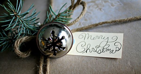 Holiday Home Tour - The Lilypad Cottage....add bells to gift wrapping