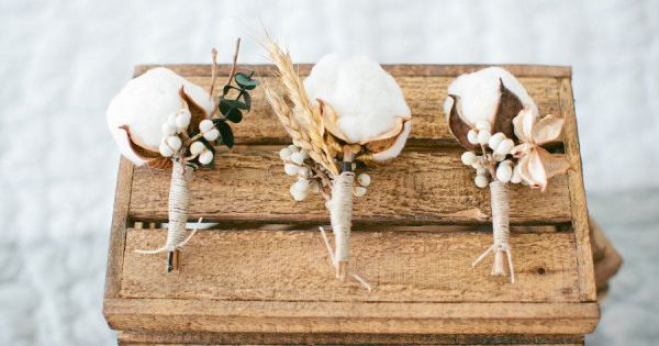au naturel cotton boutonnières Photography by shannonmichelepho...