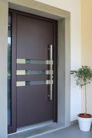 Resultado De Imagen Para Frentes De Casas Con Portones De Estilo Puertas Principales De Aluminio Diseno De Puertas Modernas Puertas De Aluminio Modernas