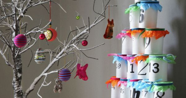 Christmas Decoration Ideas for Kids Room: put ornaments in the tin cans.