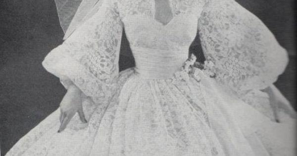 1960s lace wedding dress  Vintage  Pinterest  Spitze, Hochzeit und ...