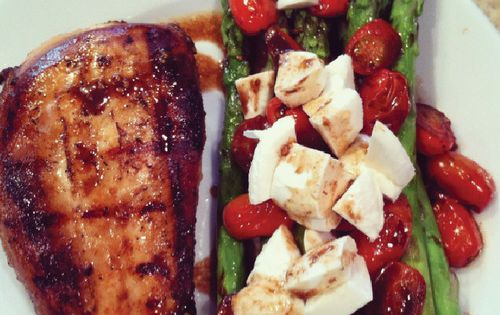 Balsamic asparagus chicken