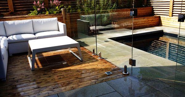 Www am terrasse en bois de c dre avec for Mobilier bois exterieur