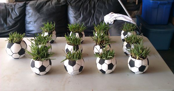 Soccer ball centerpieces glass small round fish bowl for Dollar tree fish bowls