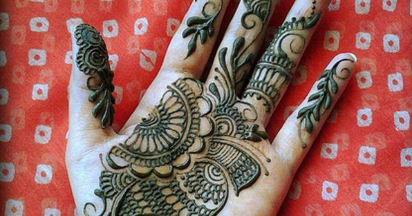 Mehndi Ankle Pain : By alia khan love the design pattern for a tat mehendi