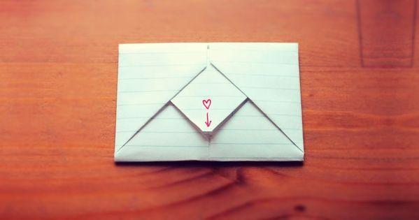 8 Tutoriales Para Que Dobles Tus Cartas Con Estilo Doblar Cartas Origami Sobres Carta De Amor Manualidades