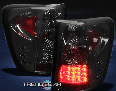 Details About For 99 04 Jeep Grand Cherokee G2 Tail Brake Light Rear Lamp Smoke Left Right Set In 2020 04 Jeep Grand Cherokee Jeep Grand Cherokee Jeep Grand