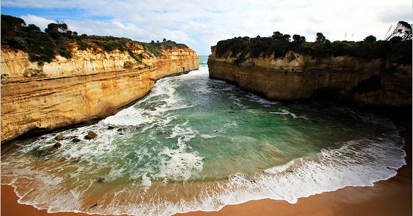 i want to drive the ocean road in australia