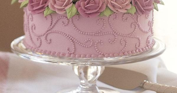 Brimming With Roses Cake  Cake  Pinterest  Gâteaux wilton ...