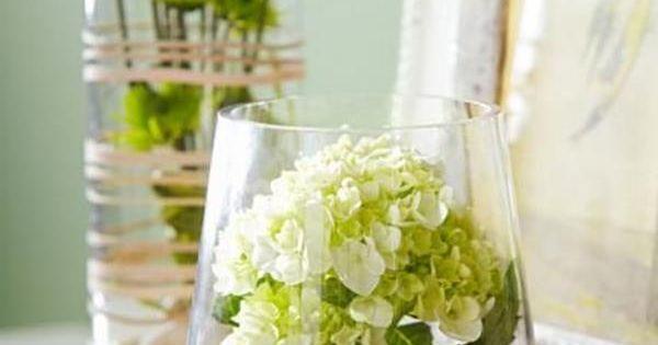 wundersch ne tischdeko aus blumen steinen und einer beliebigen vase selber machen fr hling. Black Bedroom Furniture Sets. Home Design Ideas