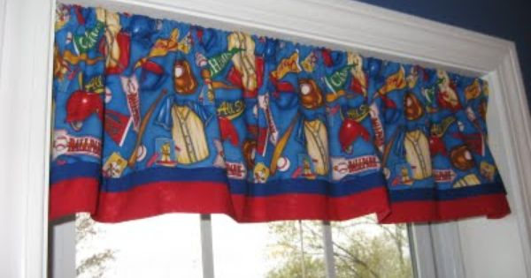 How To Make A Fast Easy And Cute Window Valance Window Valance