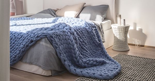 Arm Knitting Supplies : Handmade super chunky blankets made with finest merino
