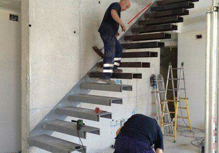 Stair construction detail stairs pinterest construction - Como hacer escalera ...