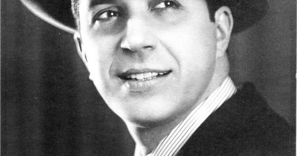 carlos gardel argentine singer and prominent figure in