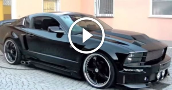 Are You Ready For This 2005 Ford Mustang Eleanor With Cervini Exhaust Side Pipes Starting Its Show Ford Mustang Eleanor 2005 Ford Mustang Ford Mustang