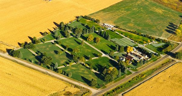Man Cave North Platte : Aerial view of fort mcpherson national cemetery near