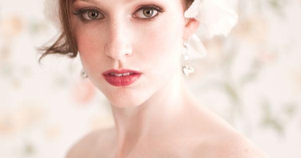 20's glam bride.