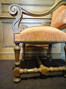 Style Louis Xiii Wikipedia Mobilier De Salon Meuble De Style Mobilier