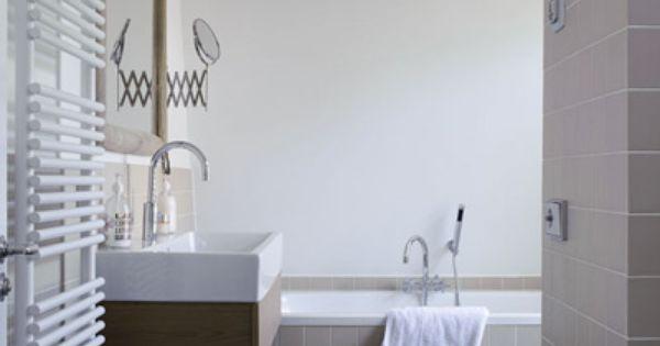 Upload je interieurfoto en geef je muren een andere kleur zo zie je of de badkamer of keuken - Kleur modern toilet ...