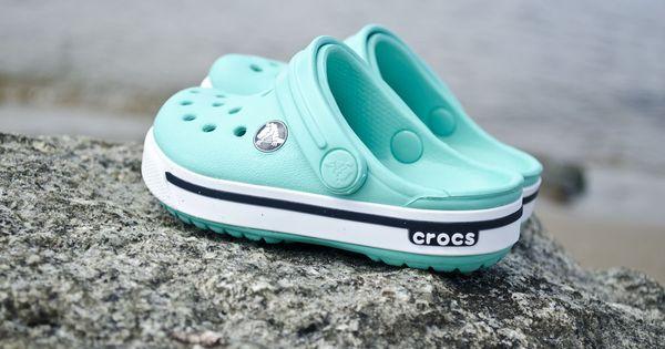 crocs kids crocband 2 5 island green navy crocs