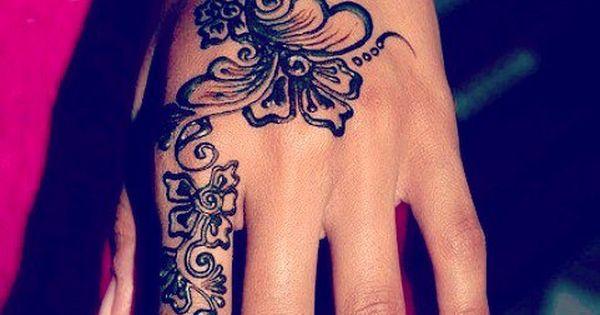I love henna, so elegant looking... Anyone know anyone/anywhere in Windsor that