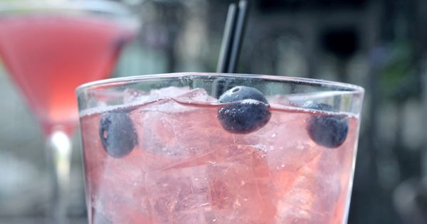 Blueberry vodka cocktail recipe