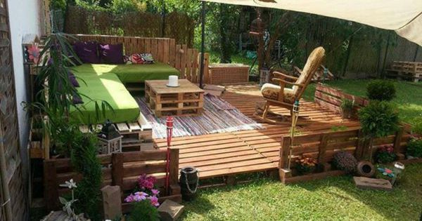 gartenm bel aus paletten gartenecke europaletten pinterest m bel holz holzpaletten und. Black Bedroom Furniture Sets. Home Design Ideas